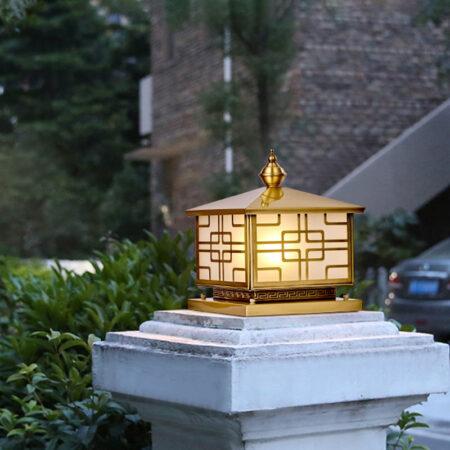 Đèn trụ cổng ngoài trời bằng đồng TD02